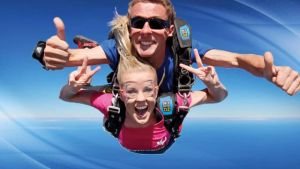 Skydive Oz Canberra - Tourism Cairns