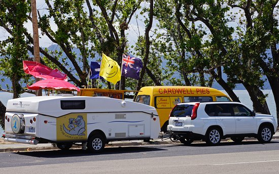 Jessies Cardwell Pies mobile Van - Tourism Cairns