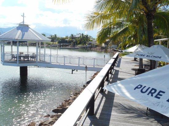 Waterfront Restaurant  Bar - Tourism Cairns