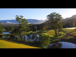 SkyView Villa - Tourism Cairns