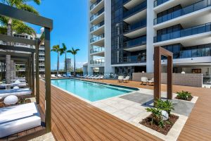 Qube Broadbeach - Tourism Cairns