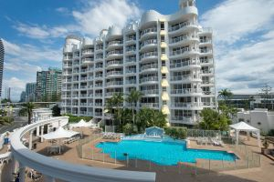 Broadbeach Holiday Apartments - Tourism Cairns
